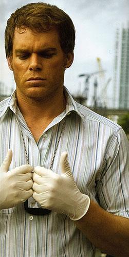 dexter-promo-guantes