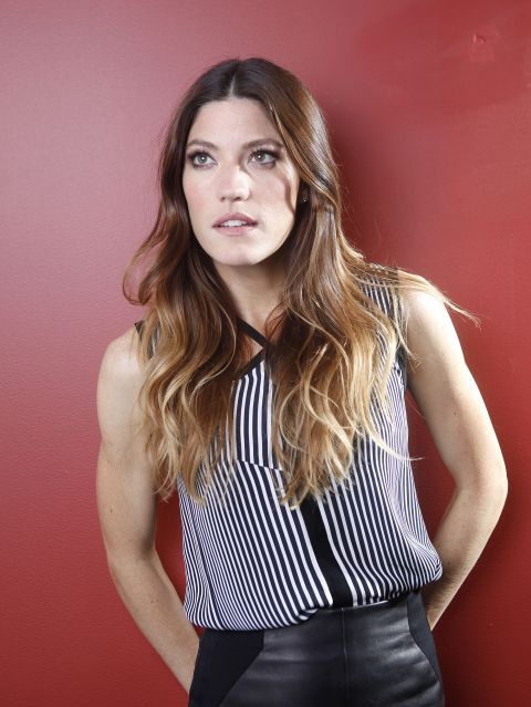 03472_Preppie_Jennifer_Carpenter_posing_for_Carlo_Allegri_portraits_in_NYC_25_122_165lo