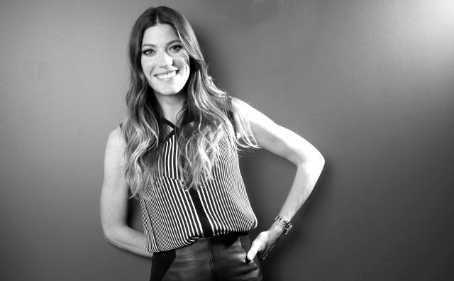 05407_Preppie_Jennifer_Carpenter_posing_for_Carlo_Allegri_portraits_in_NYC_30_122_859lo