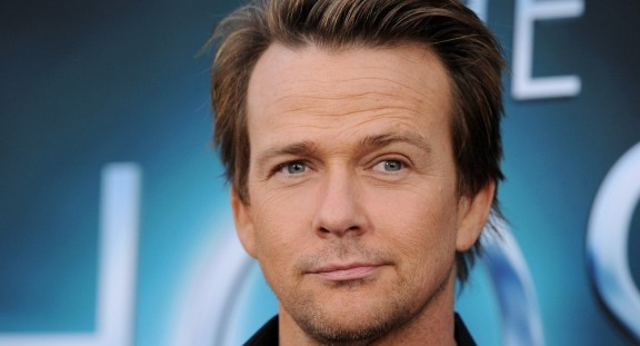 Sean+Patrick+Flanery+Host+World+Premiere+Ktl6lghCWn1x