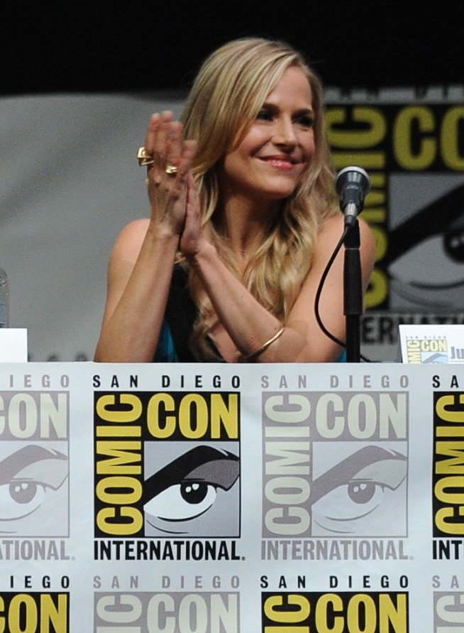 Julie+Benz+Showtime+Dexter+Comic+Con+International+wIIDg74LRffx
